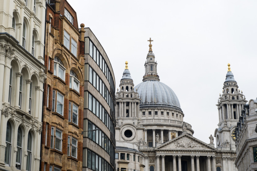 St Paul's looking crowded...